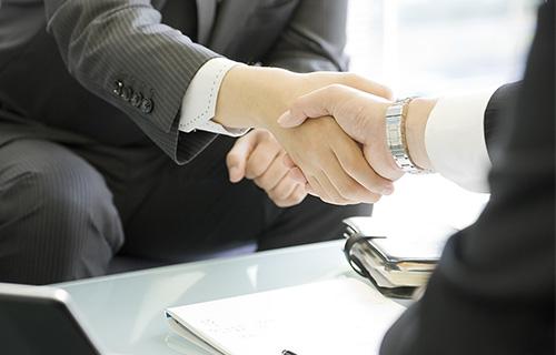 住宅ローン申込を含め、契約から引渡しまで実務面でもサポート